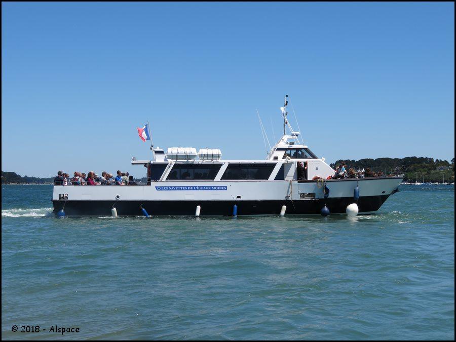 Navires de dessertes ou à passagers, bretons - Page 4 Y4m3YwmMCngKGt56qNiwmYINmRlzGrCASIbVdULua03oUksjbIh3QsBKBynEIZj5CaqS298YMTJIgDpNEDRoA2qQpjbcWI7BulQ3bFpSL0zLZ2JgAeiIDlKS2wes6TWBNUxzgGKlyF_GDKK_QM2GC9xoT-6xCy5y1mLLD349JfqTMzWOZd-Cczz3D1S0d0QMIemjStw1CNEN416nXZ7jV3GnQ?width=900&height=675&cropmode=none